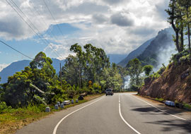 Road-Sri-Lanka-Nature_S