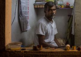 Man-Sri-Lanka_S