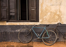 Window-Bicycle-Sri-Lanka-Urban_S
