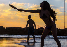 Woman-Play-Beach-S